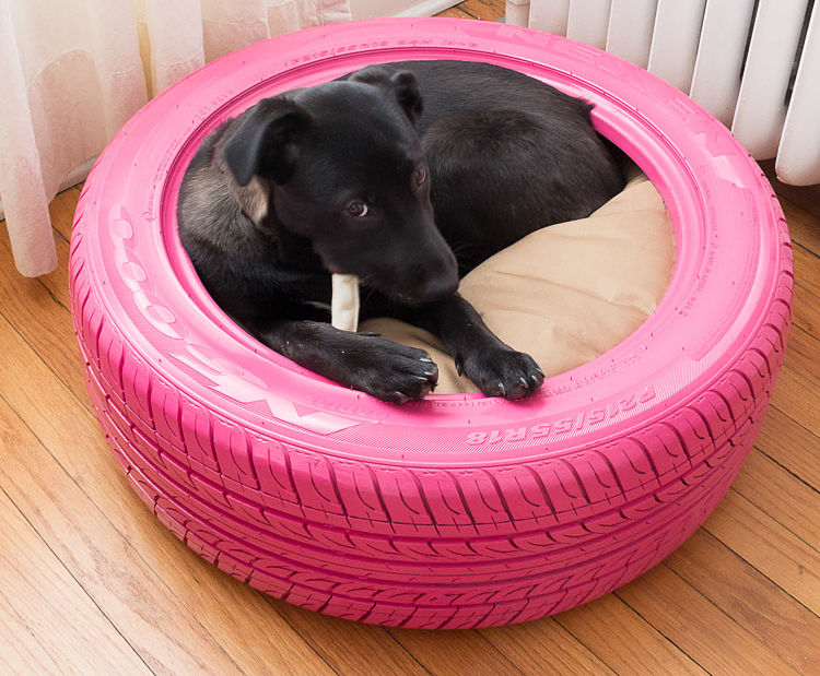 Diy dog bed ideas great home made dog beds for Large dog bed ideas